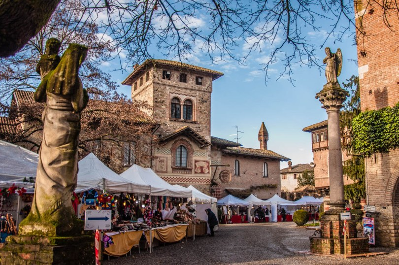 Grazzano Visconti - Emilia-Romagna, Italy - rossiwrites.com