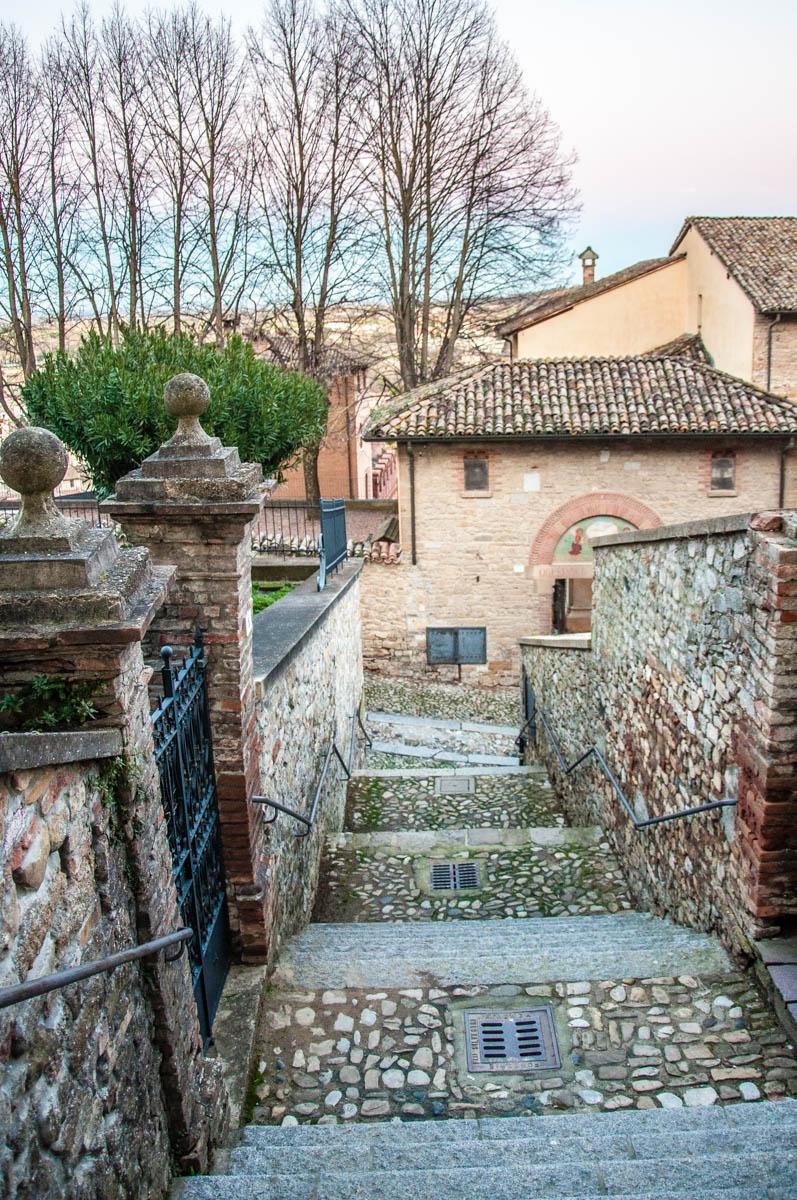 Stone steps - Castell'Arquato, Province of Piacenza - Emilia-Romagna, Italy - rossiwrites.com