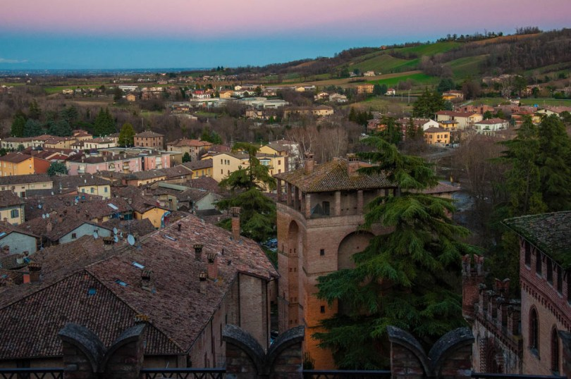 Sunset over Castell'Arquato, Province of Piacenza - Emilia-Romagna, Italy - rossiwrites.com