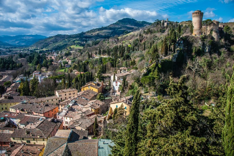 The village and the fortress seen from the hilltop clocktower - Brisighella, Province of Ravenna - Emilia-Romagna, Italy - rossiwrites.com
