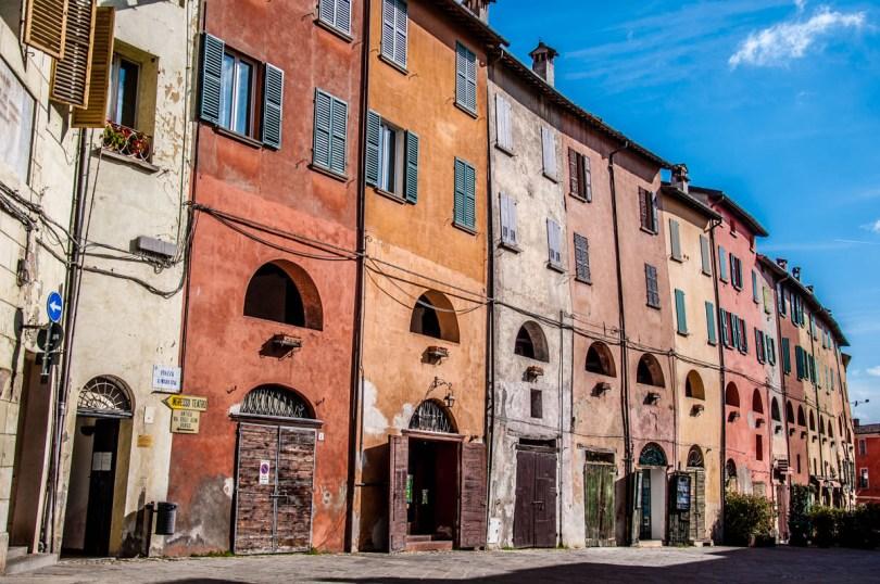 Via degli Asini from the outside - Brisighella, Province of Ravenna - Emilia-Romagna, Italy - rossiwrites.com