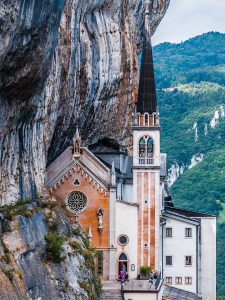 How to Visit the Sanctuary of Madonna della Corona in Italy - Story - rossiwrites.com