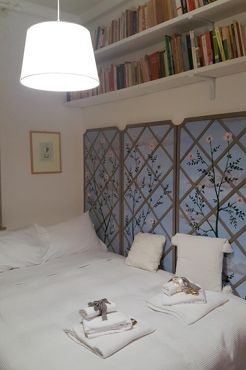 Simple room - Italy - rossiwrites.com