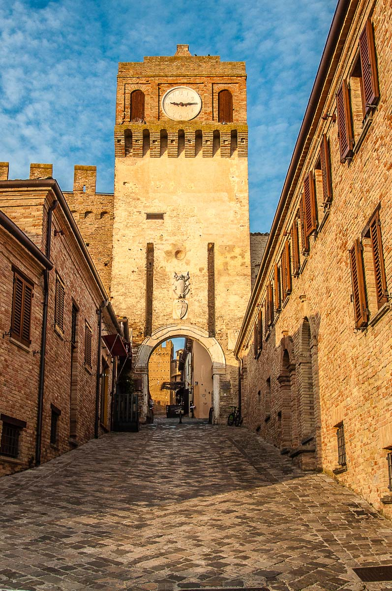 The clocktower and the entrance gate - Gradara, Italy - rossiwrites.com