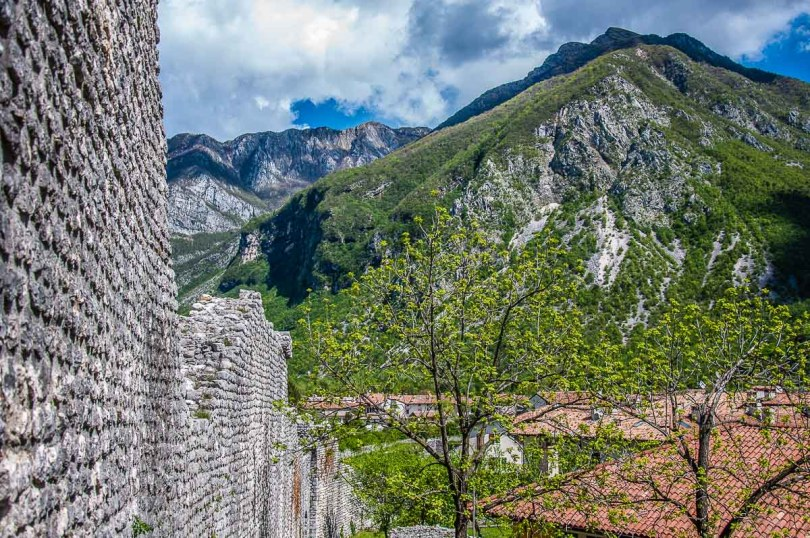 The medieval defensive walls - Venzone, Italy - rossiwrites.com