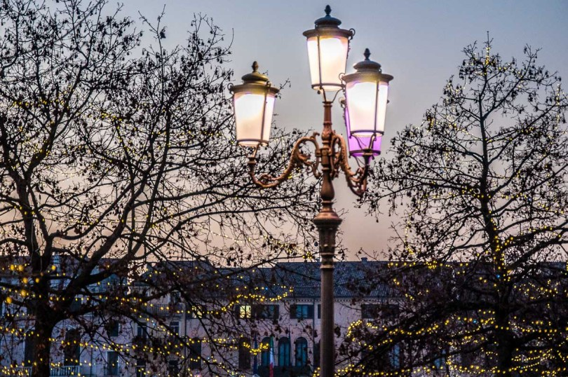 Electric lights on Prato della Valle - Padua, Italy - rossiwrites.com
