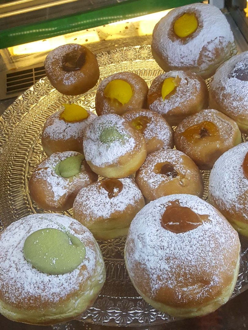 A large plate of donuts with different fillings - Padua, Italy - rossiwrites.com