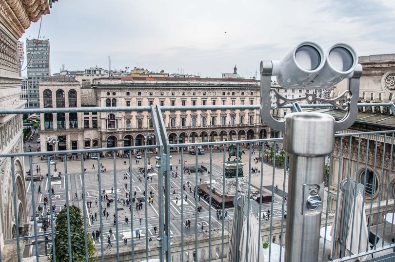 View of Piazza del Duomo from the rooftop of Galleria Vittorio Emanuele II - Milan, Italy - rossiwrites.com