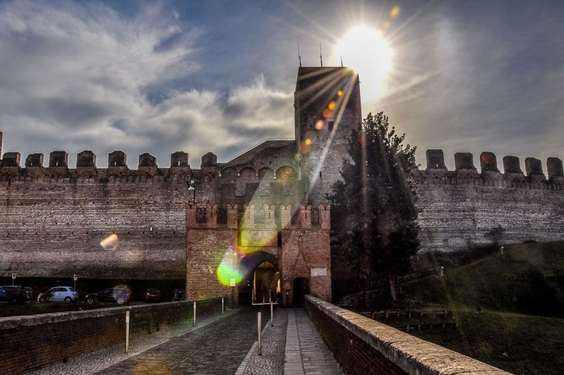Gate in the defensive walls - Cittadella, Italy - rossiwrites.com
