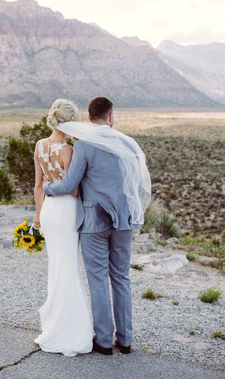 red rock bride and groom