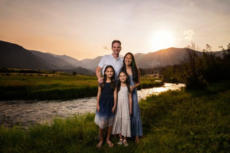 family photos inside Rocky Mountain national park