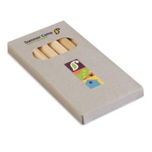 6 coloured pencils in box