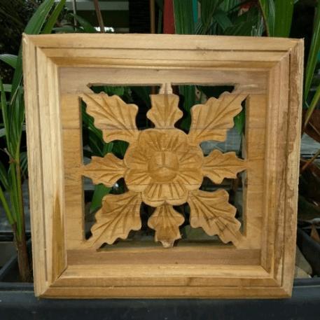 model loster kayu
