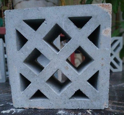 model roster beton kotak kotak