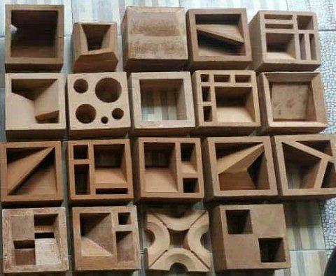 motif roster gravel beton minimalis