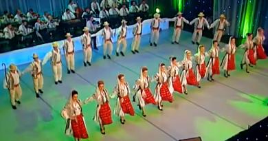 Video Imagini Dansuri Populare - Ansamblul Folcloric CINDRELUL - JUNII SIBIULUI Sibiu