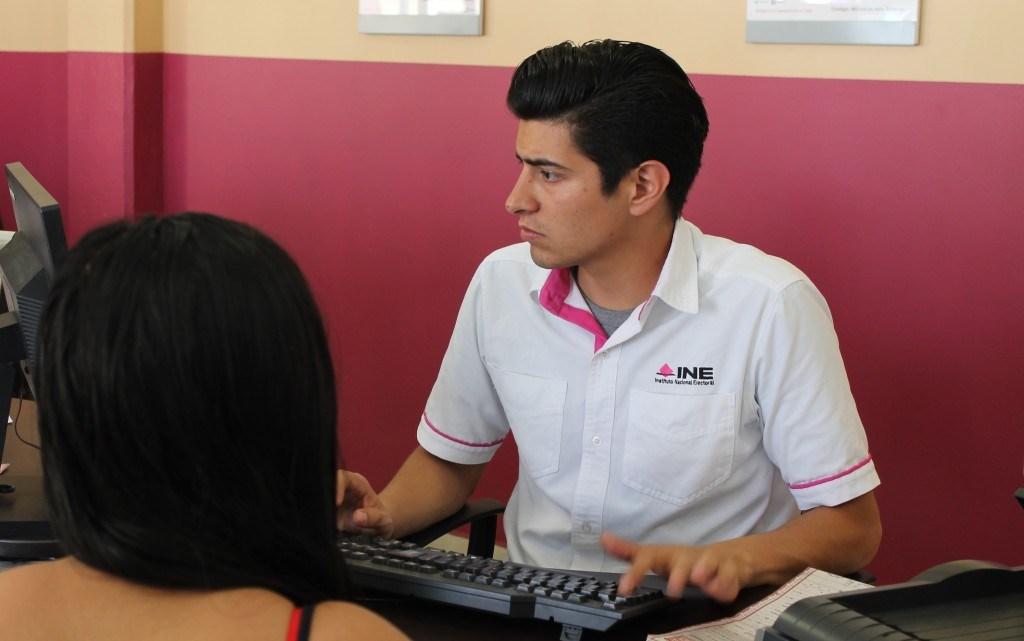 El TEPJF autoriza que familiar tramite credencial de elector a persona con discapacidad total