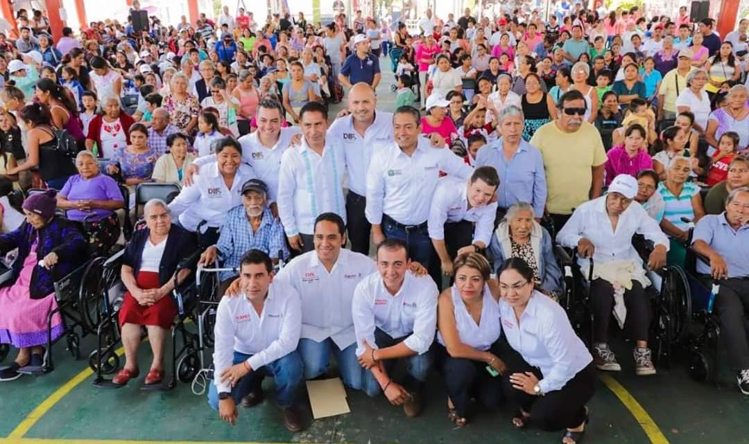 La caravana DIF cumple cinco días de recorrido por las 13 agencias de la capital oaxaqueña