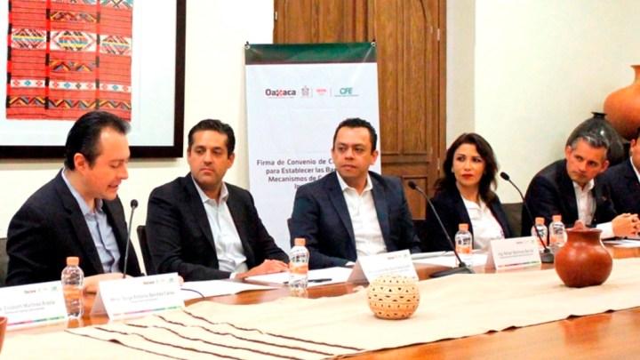 Firman Sefin y CFE convenio de colaboración en materia de recaudación fiscal