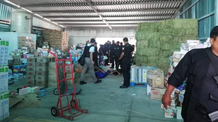 Realiza FGEO cateo en bodega de San Jacinto Amilpas y asegura autotransporte de carga y mercancía con reporte de robo