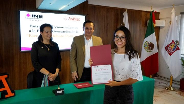 Organiza INE Oaxaca y UAO Escuela de Debate Político