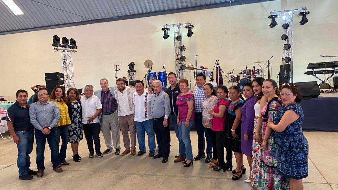 CRÓNICA EXPRÉS: El cumpleaños de Horacio Sosa Villavicencio