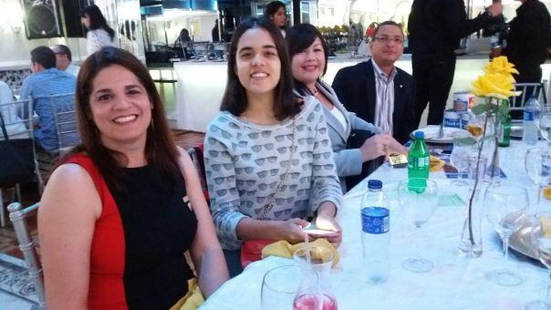Kenia Pockels,, Kaina Goico, Sulin Lantigua, Ignacio Glass con sus Alcancias de la Fundación Rotaria