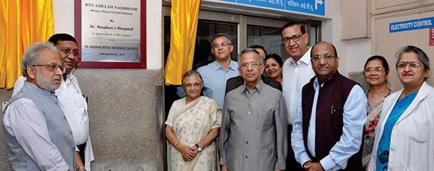 Former Chief Minister of Delhi, Sheila Dikshit, inaugurating the renovated OT at St. Stephen's Hospital, Delhi.