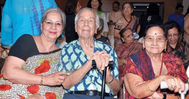 Madhu Mehta, Rtn Ramgopal Mehra and spouse Urmila.