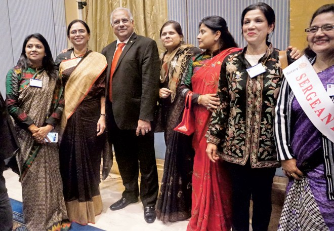 RI Director Manoj Desai and Sharmishtha Desai along with women Rotarians of District 3292.