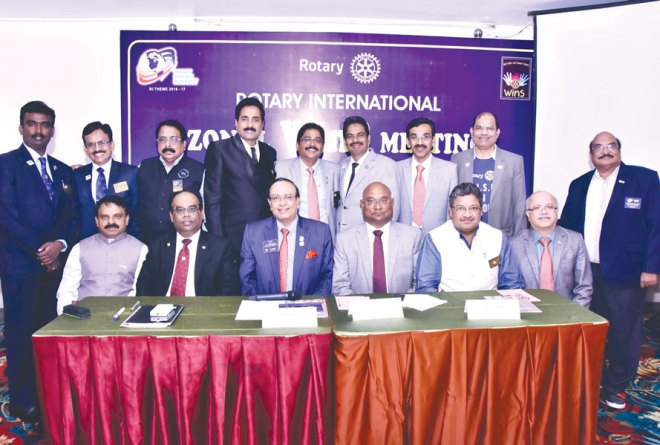 WinS Vice Chair and PRID P T Prabhakar and RIDE C Basker flanked by Zone Coordinator ISAK Nazar (left) and DG Natrajan Nagoji (right), along with the DGs of Zone 5 at the WinS Meet in Chennai.