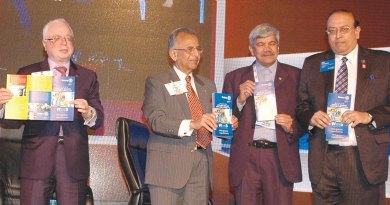 L to R: TRF Trustee Sushil Gupta, PRIP Rajendra K Saboo, PDG Vinay Kulkarni and RID P T Prabhakar releasing the WinS brochure.