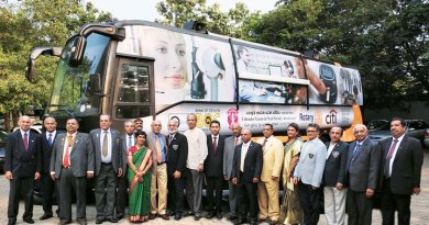 PP of RC Bombay Airport Kevin Colaco, IPRIP K R Ravindran, Deputy High Commissioner in Sri Lanka Arindam Bagchi and D 3220 Governor Senaka Amerasinghe, along with other Rotarians, at the launch of the healthcare bus.