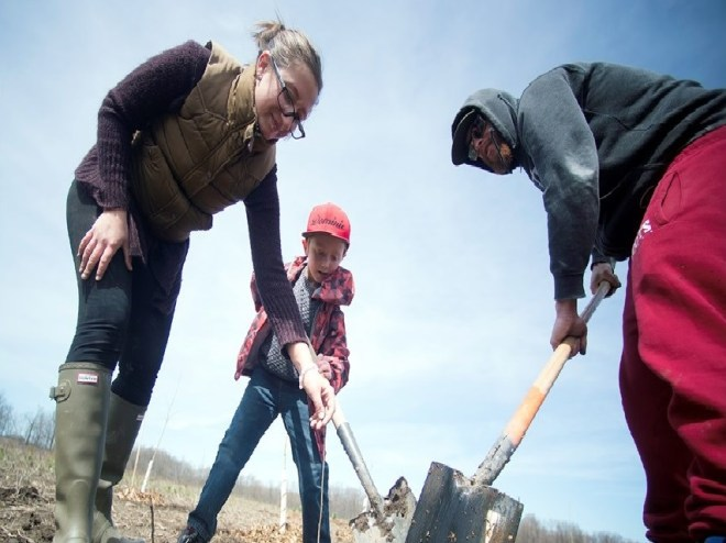 Planting was a family affair for many at Guelph locality in Canada.