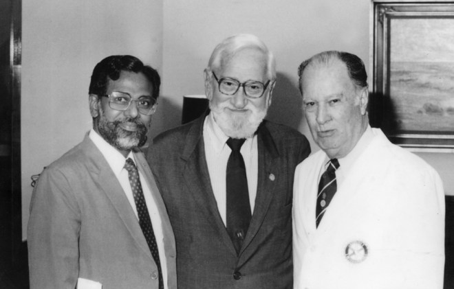 From left: Dr Jacob John, Dr Albert Sabin and PRIP Carlos Canseco (Evanston, 1984).
