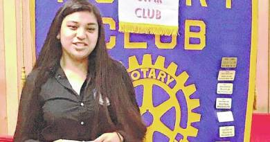 "Berenice Perez was recognised as ""Good Citizen of the Quarter"" by the Rotary Club of King and is eligible to receive a $1,000 scholarship renewable for three years."