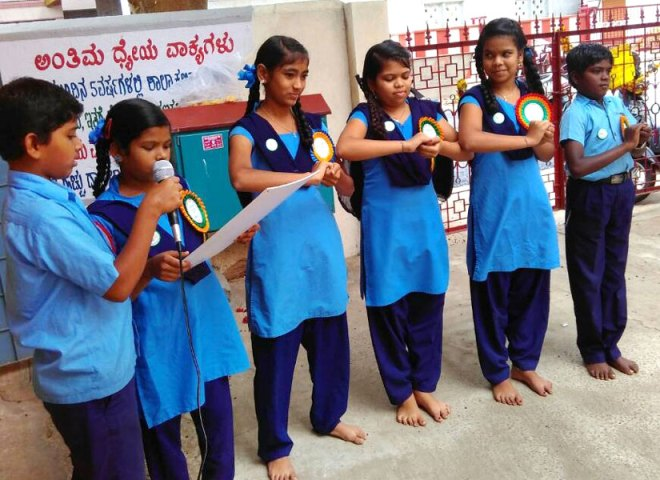 Students demonstrate the handwash exercise in one of the schools.