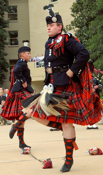 US_Army_51769_Pipes_and_Drums_5
