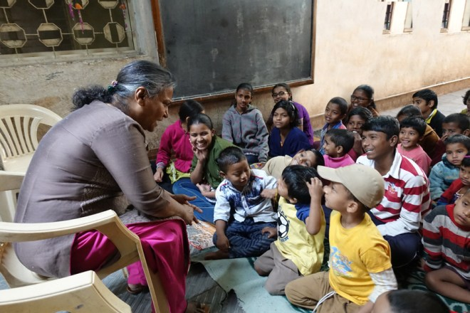 Renutai at a fun session with the children.