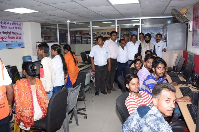 600---Rotary-opens-computer-centre-in-Varanasi