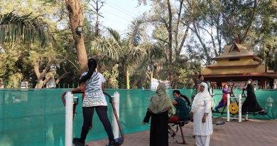 women-2-park