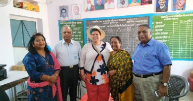 From L: Suresh Poddar, TRF's Regional Grants Officer Chandra Palmer, Kiran Poddar and DRFC Ramesh Agrawal with the Principal of one of the schools.