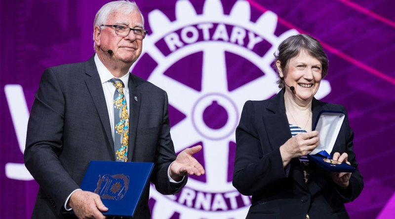 RI President Ian Riseley presents the RI Award of Honour to the former Prime Minister of New Zealand Helen Clark.
