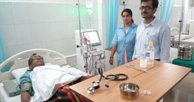A patient being treated at the Rotary Kidney Care Centre in Durgapur.