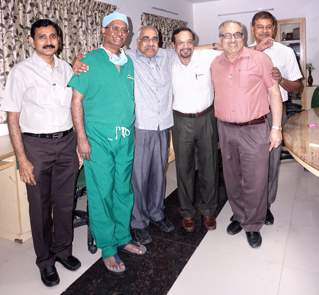 From L: Tharun R Shah, Dr S Rajasabapathy, Project Chairman Ramesh Veeraraghavan, Project Coordinator Vijay Kumar, RCCM President K K Chugh and Rtn C J Narayanan at the Ganga Hospital, Coimbatore.