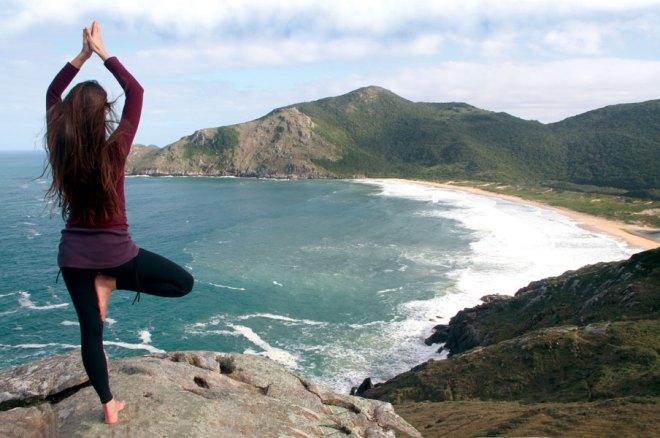 beach-landscape-sea-coast-rock-sport-597118-pxhere