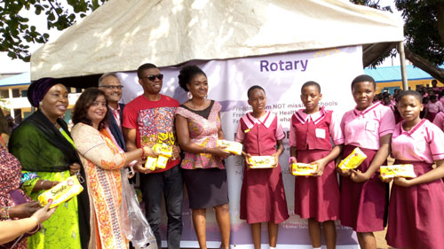Rotary Club of Lagos Palmgrove Estate will be giving free sanitary pads to school girls.