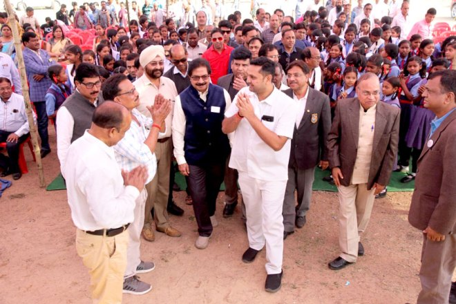 Clean drinking water for students in Raigad
