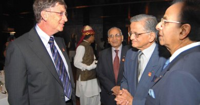 RKS-US-OP-with-Bill-Gates_3