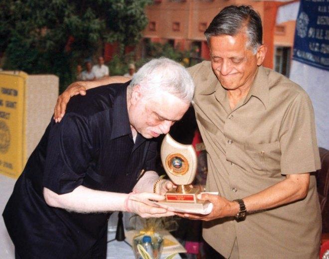 PRID Sushil Gupta with PRID Agarwal.